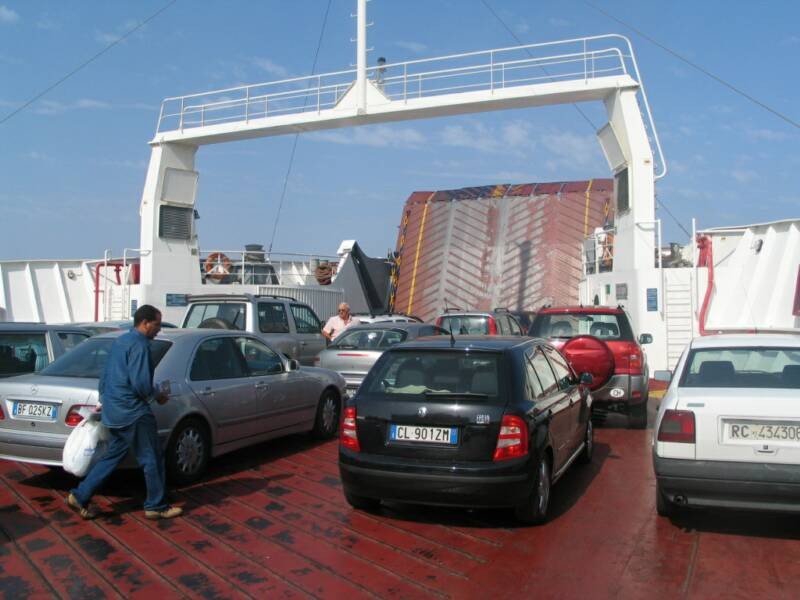 ferry boat from villa san giovanni to messina sicily - 45 min drive from villetta mimma vittoria