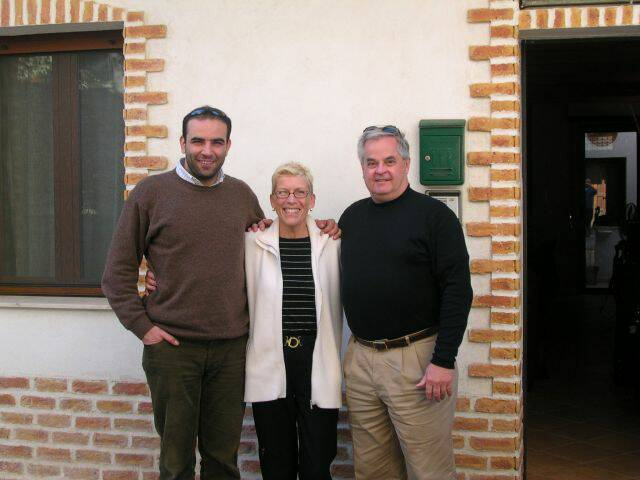 Villetta Mimma Vittoria wall of fame rental guests - Pietro, Sandy & Ray Feb 2004